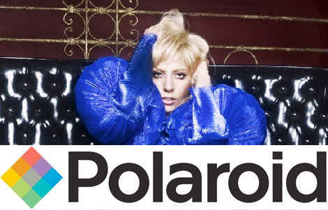 L'association de LadyGaga avec la marque Polaroid