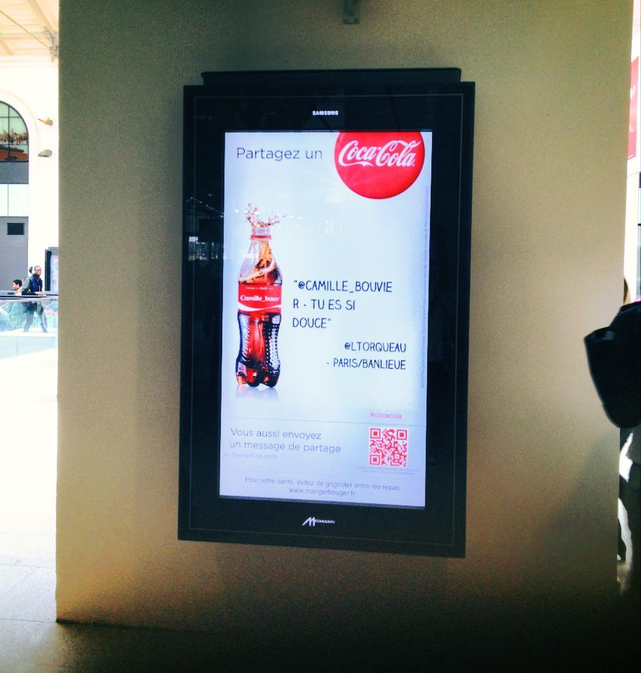 Partagez un Coca-Cola avec vos amis dans la ville de votre choix!