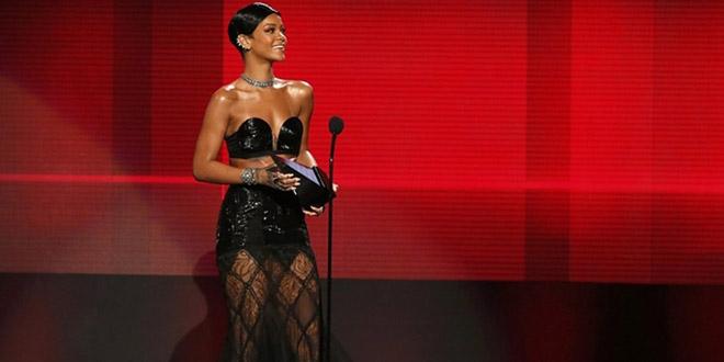 rihanna american music award