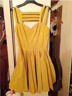 arnaque ebay il achète la photo d'une Xbox one pour 540euros, arnaque ebay, histoire drole ebay, la robe jaune file nue photo