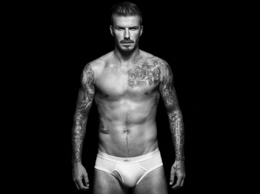 cristiano ronaldo david beckam pub calecon nue cr7 h&m sexy hot muscle
