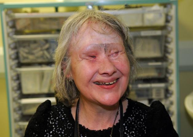 Wendy Hamriding chien mange visage