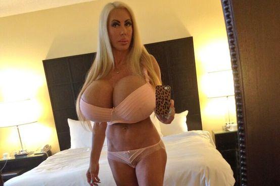 Elizabeth Starr poitrine actrice porno
