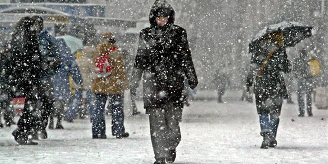 etats unis canada tempete de neige froid glaciale pays ralentis aeroport transport population morts.3
