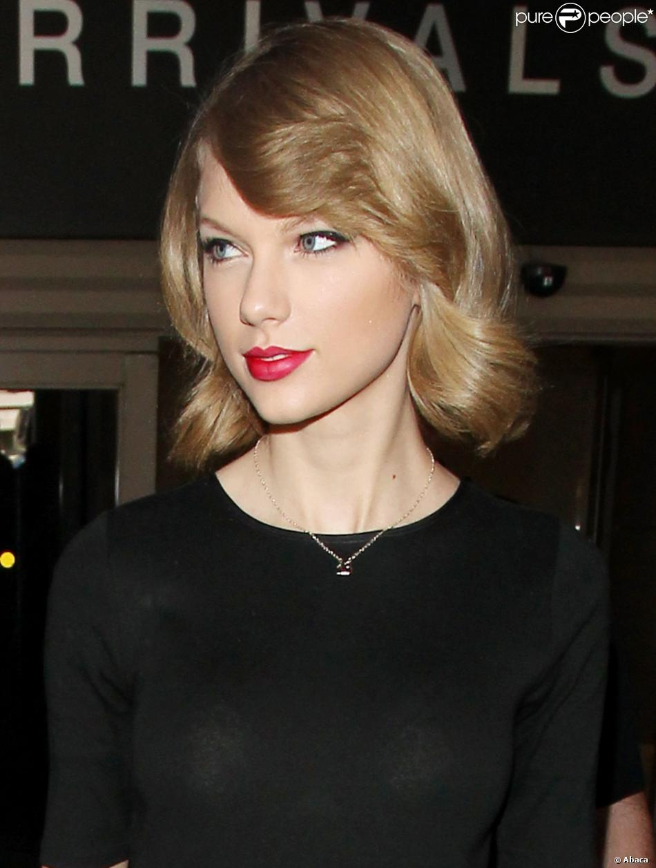 taylor swift new haircut cheveux court carré