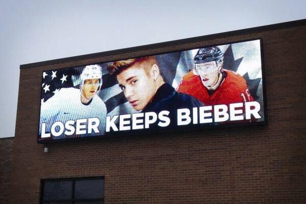 panneau hockey perdant garde justin bieber petition