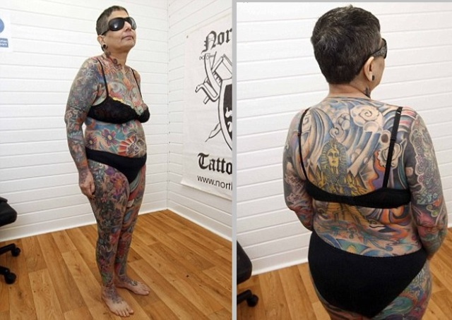 anglaise Fran Atkinson tatouage femme aveugle