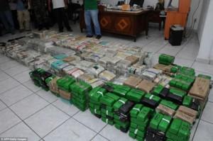 villa mexique drogue dollars billets