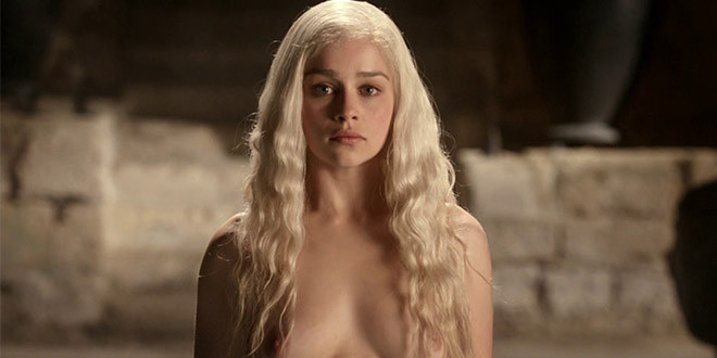 emilia clark completement nue askmen game of throne