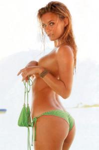 bar refaeli en bikini