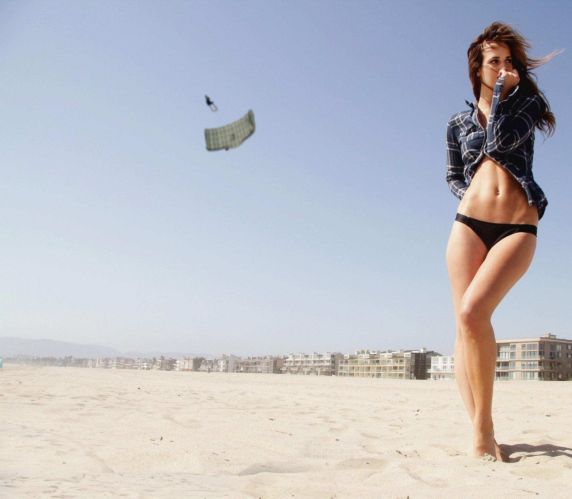 parachute déconcentré par une fille
