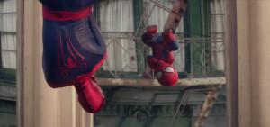 spiderman et son double bébé
