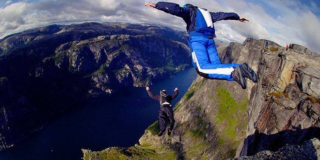 wingsuit base jump accident