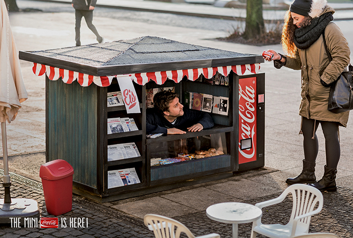 Coca-Cola-Mini-Can-Mini-Kiosk-1