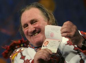 Gerard Depardieu et son passeport Russe