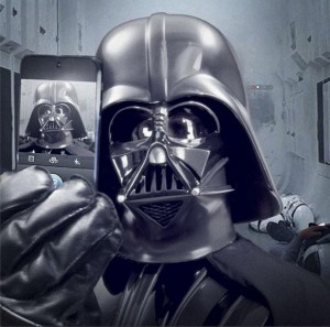 dark vador fait un selfie