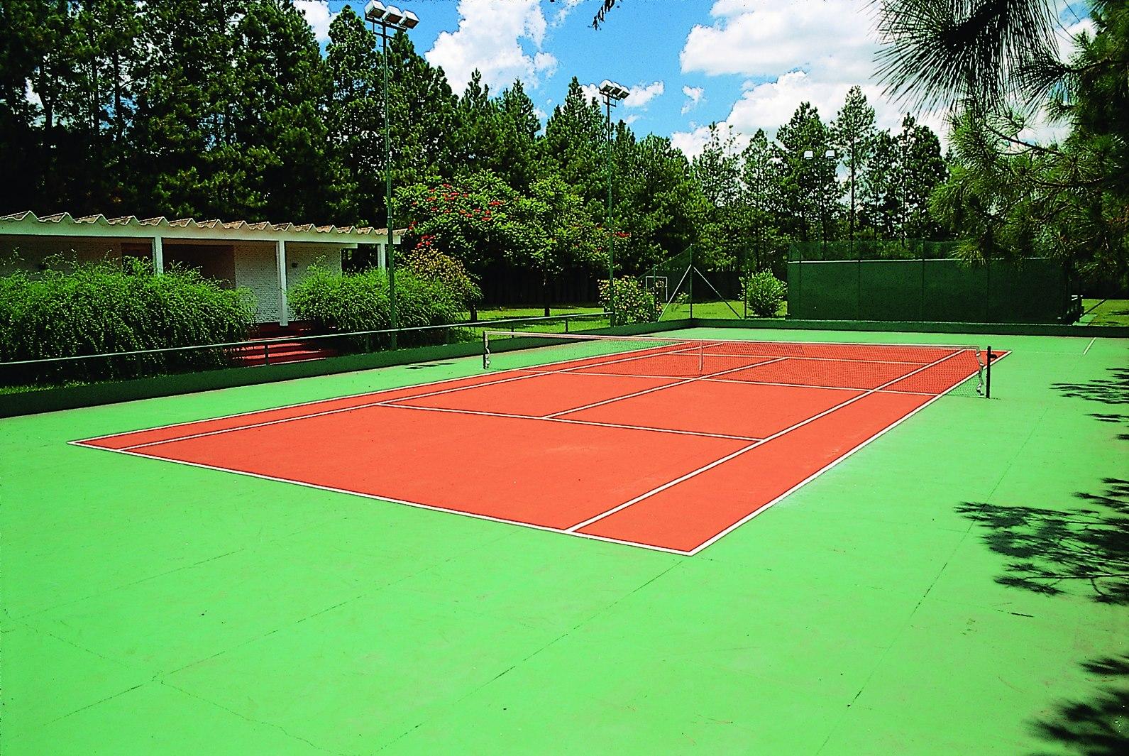 hotel jp equipe de france terrain de tennis
