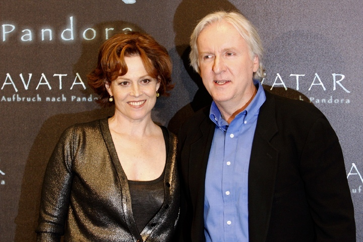 sigourney weaver james cameron avatar 2