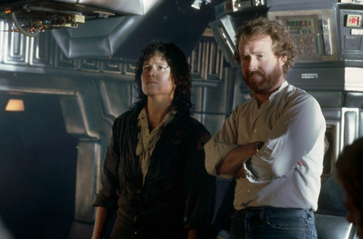 sigourney weaver james cameron alien