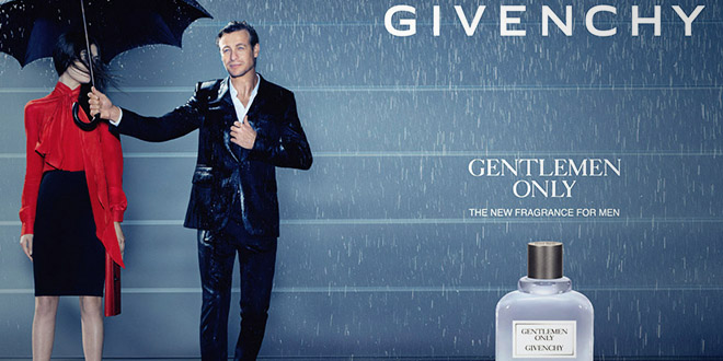 simon baker dans la pub pour le parfum gentleman only de givenchy. Black Bedroom Furniture Sets. Home Design Ideas
