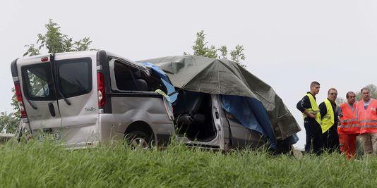 accident minibus nangis poids lourd enfants morts nangis
