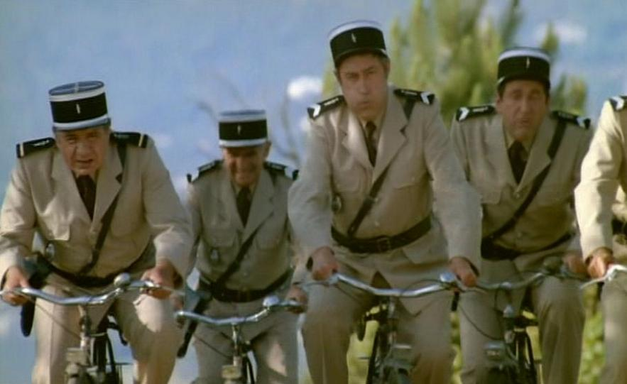 femme velo drome autoroute a7 gendarmes
