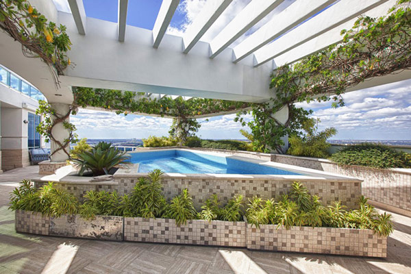 pharrell williams penthouse appartement miami floride vente piscine sur le toit