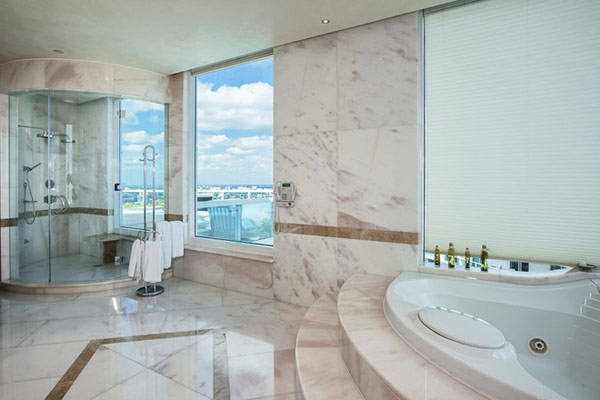 pharrell williams penthouse appartement miami floride vente salle de bain