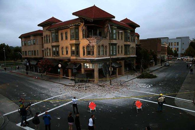 1035481_la-californie-a-subi-son-plus-violent-tremblement-de-terre-depuis-25-ans-web-tete-0203720848568_660x440p