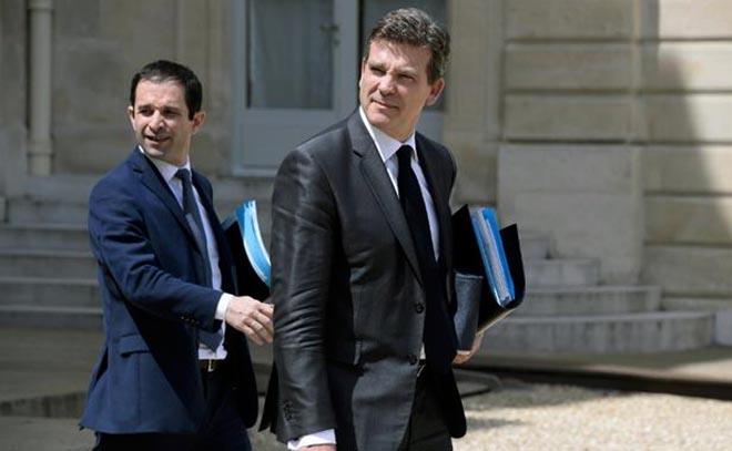 benoit-hamon-arnaud-montebourg-11-juin-2014-sortie-conseil-ministres-1665929-616x380
