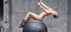 miley cyrus nue topless