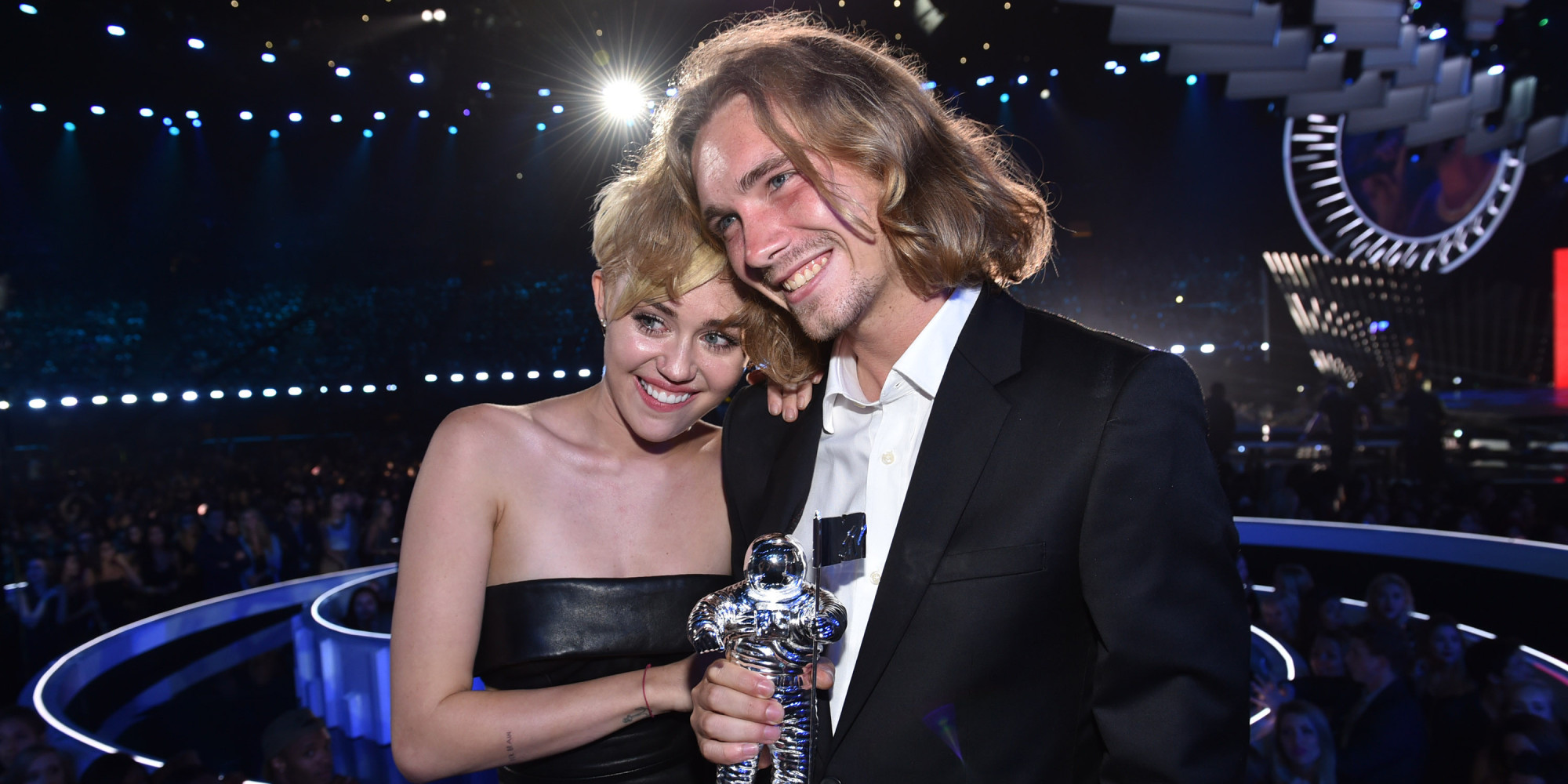 MTV Video Music Awards miley cyrus jess sdf