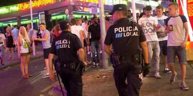 police jeunes magaluf