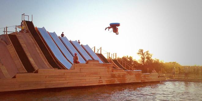 water jump bouee