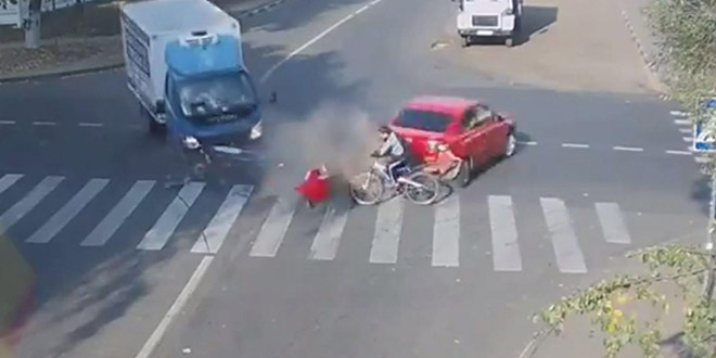 cycliste russie accident miracle