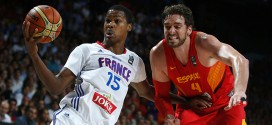 Spain's Pau Gasol and France's Gelabale fight for a rebound during their Basketball World Cup quarter-final game in Madrid