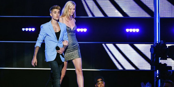 justin bieber costard fashion rocks
