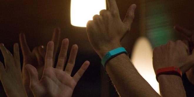 trak bracelet connecte musique