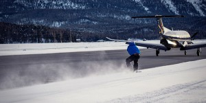 jamie barrow snowboard exploit avion jetski