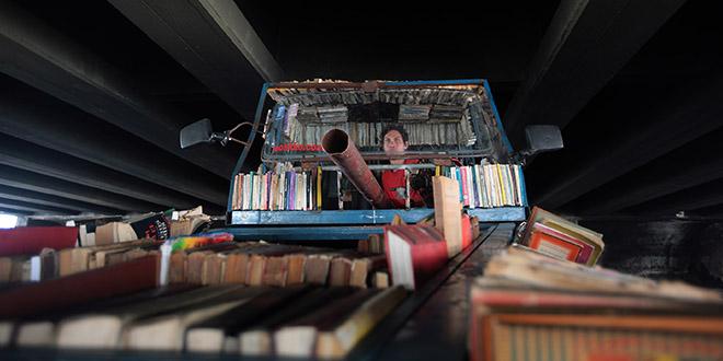 Raul Lemesoff char tank livres argentine