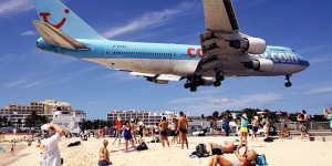 st martin aeroport dangereux avion