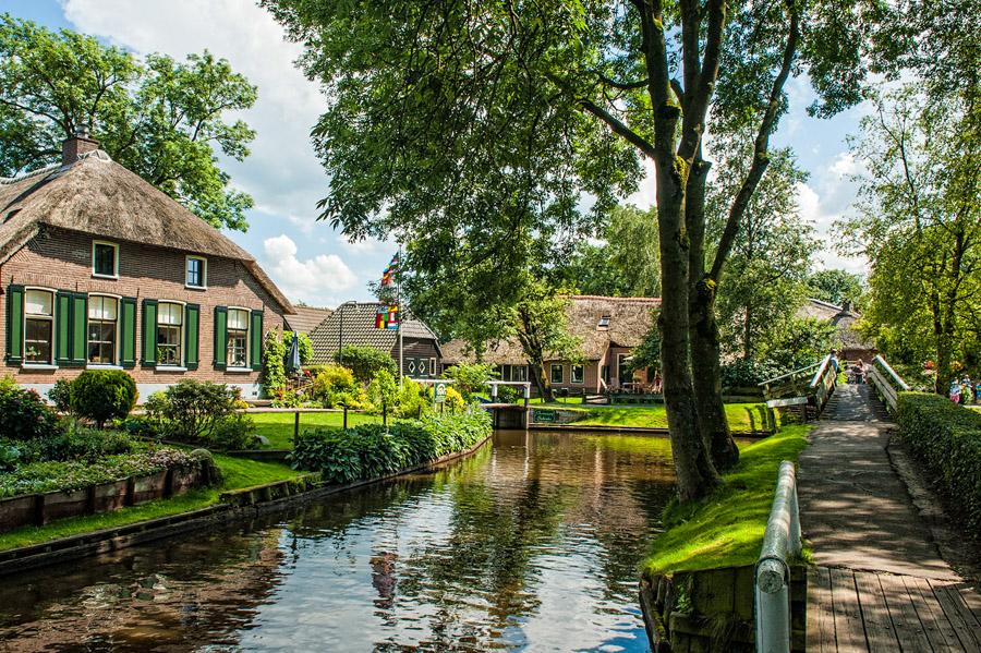 la-venise-du-nord-pays-bas-paradis-Giethoorn