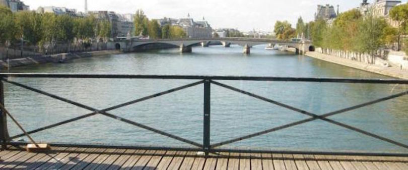 pont-des-arts-paris-vitres-plexiglas