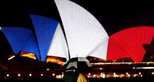 facebook-reseaux-sociaux-homme-france-apres-attentats-11-novembre