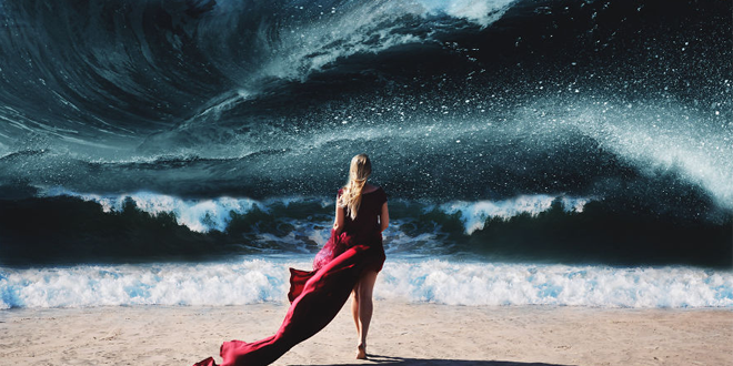 photo-femme-plage-mer-robe-rouge