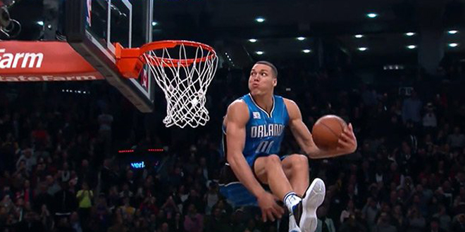 incroyable-dunk-aaron-gordon-salm-dunk-contest-2016-nba