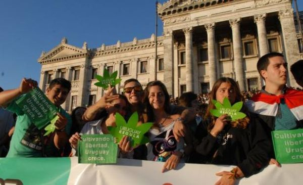 uruguay-villes-incontournable-pour-les-fumeurs-de-cannabis