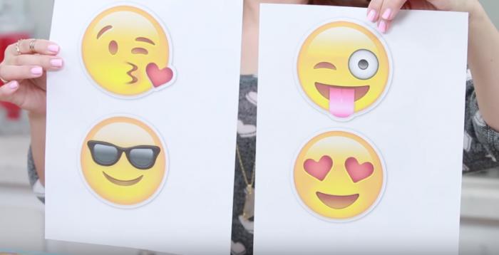 gauffres-emojis-petit-déjeuner-créatif