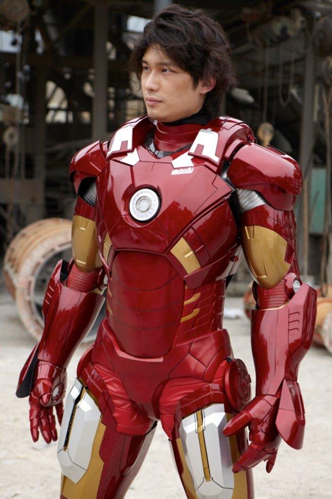 5-armure-tony-stark-iron-man-fabriquée-mise-en-vente