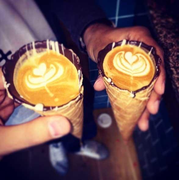 4-ce-bar-vous-sert-le-cafe-le-plus-populaire-d-instagram